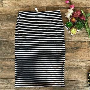 H&M Pencil-Cut Skirt M